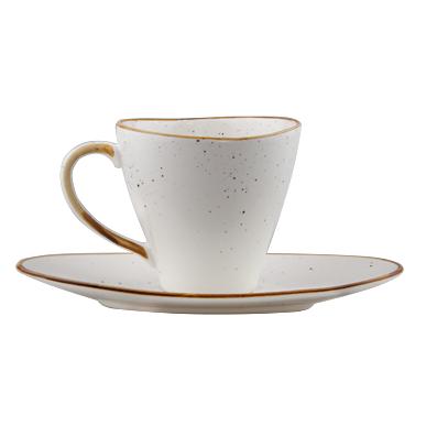 ceasca din portelan alb pentru capuccino sau ceai